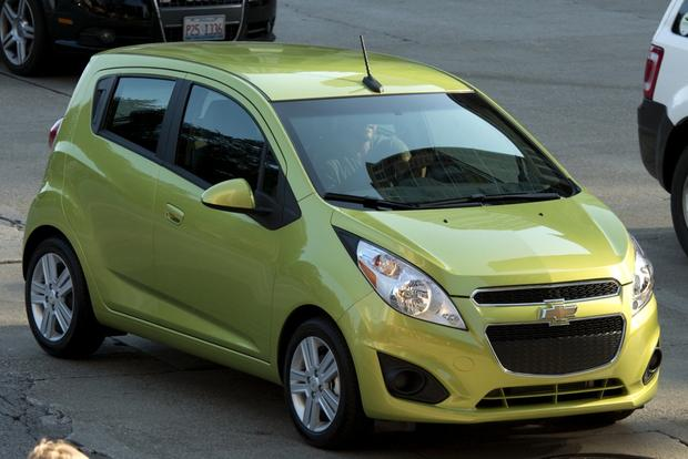 2013 chevrolet spark new car review autotrader. Black Bedroom Furniture Sets. Home Design Ideas