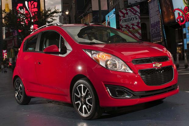 2015 vs. 2016 Chevrolet Spark: What's the Difference? featured image large thumb11