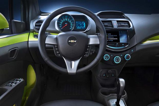 2015 vs. 2016 Chevrolet Spark: What's the Difference? featured image large thumb1