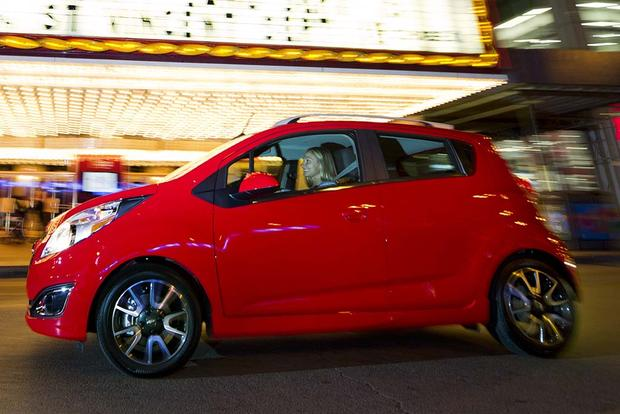 2015 vs. 2016 Chevrolet Spark: What's the Difference? featured image large thumb3