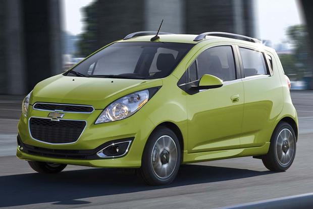 2015 vs. 2016 Chevrolet Spark: What's the Difference? featured image large thumb5