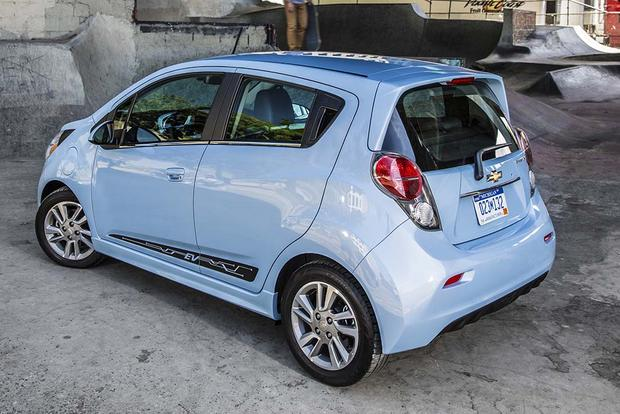 2015 vs. 2016 Chevrolet Spark: What's the Difference? featured image large thumb7