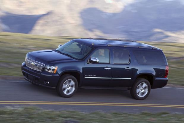 2007-2013 Chevrolet Suburban: Used Car Review featured image large thumb2