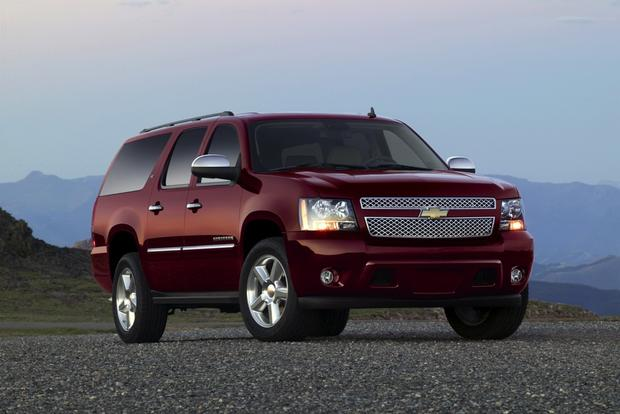 2013 Chevrolet Suburban: New Car Review featured image large thumb0