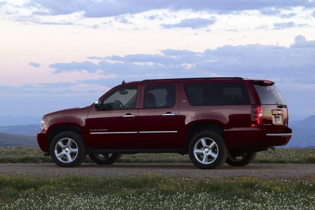 2013 Chevrolet Suburban: OEM Image Gallery featured image large thumb1