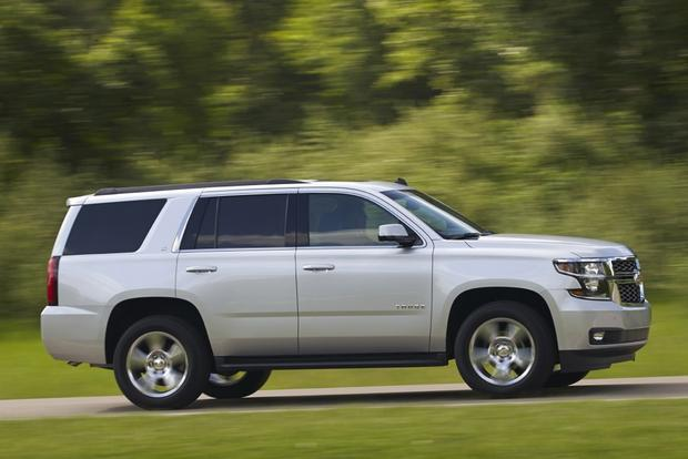 2015 Chevrolet Tahoe vs. 2015 Ford Expedition: Which Is Better? featured image large thumb0