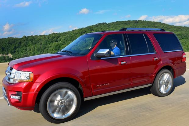2015 Chevrolet Tahoe vs. 2015 Ford Expedition: Which Is Better? featured image large thumb1