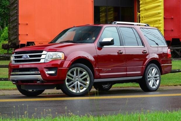2015 Chevrolet Tahoe vs. 2015 Ford Expedition: Which Is Better? featured image large thumb3