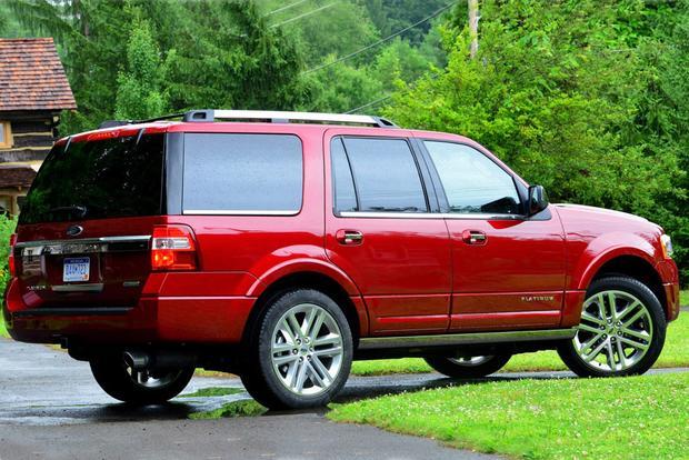 2015 Chevrolet Tahoe vs. 2015 Ford Expedition: Which Is Better? featured image large thumb5
