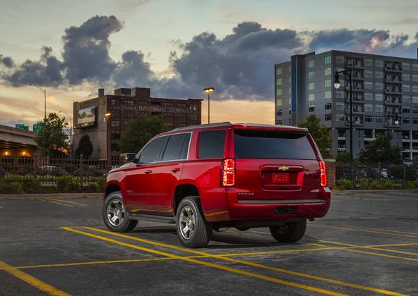 2018 Chevrolet Tahoe: New Car Review featured image large thumb3