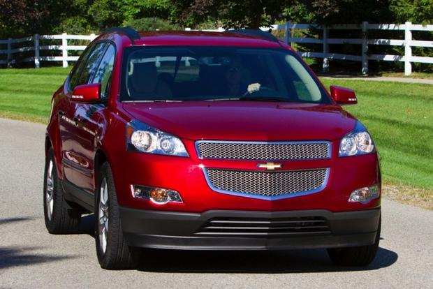 2013 Chevrolet Traverse: New vs. Old featured image large thumb1
