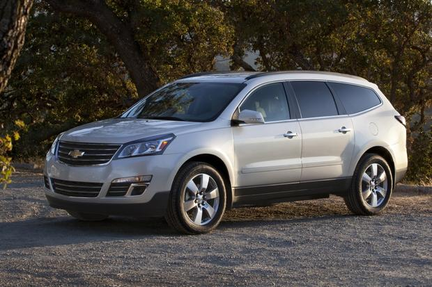 2013 Chevrolet Traverse: New vs. Old featured image large thumb2