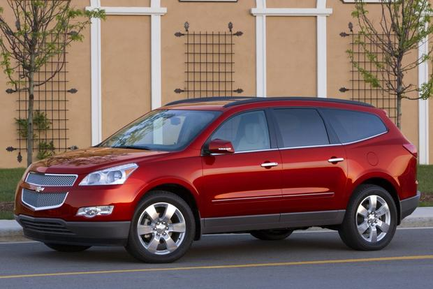2013 Chevrolet Traverse: New vs. Old featured image large thumb3