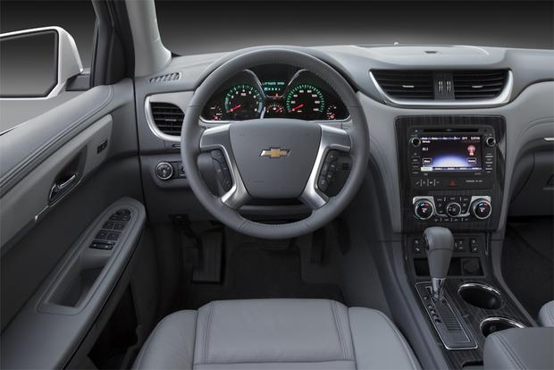 2013 Chevrolet Traverse: New vs. Old featured image large thumb4