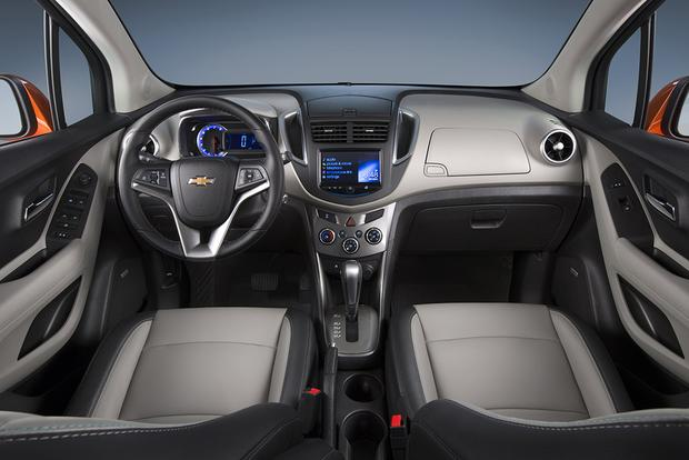 buick encore 2015 interior. 2015 chevrolet trax vs buick encore whatu0027s the difference featured image large interior