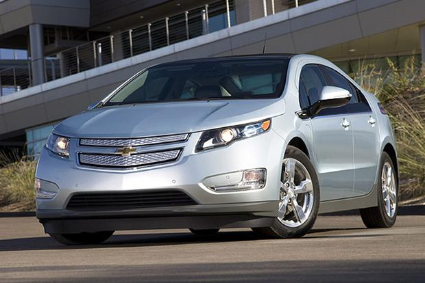 2011 Chevrolet Volt: Used Car Review featured image large thumb4