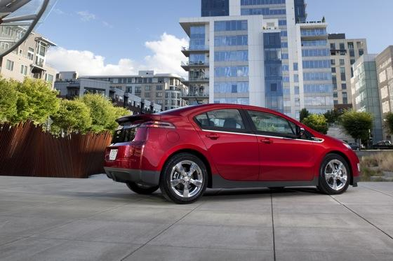 2013 Chevrolet Volt: New Car Review featured image large thumb4