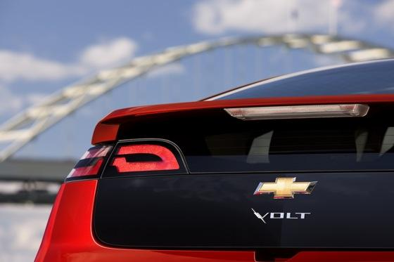 2013 Chevrolet Volt: New Car Review featured image large thumb11