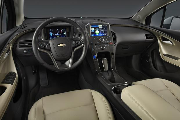 2012 Chevrolet Volt: Used Car Review featured image large thumb5
