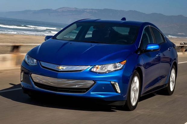 2016 Chevrolet Volt: New Car Review