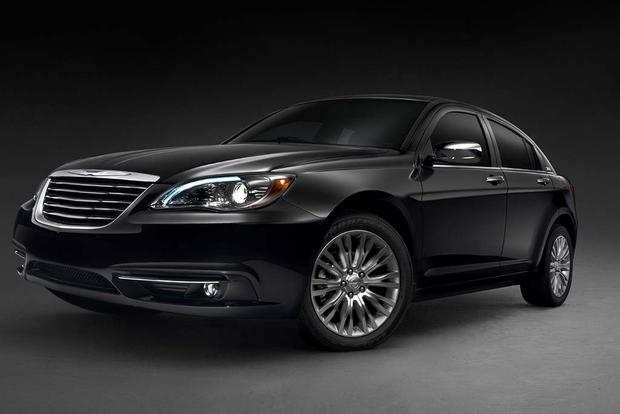 2012 Chrysler 200: Used Car Review featured image large thumb1