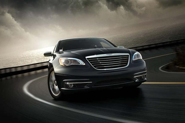 2012 Chrysler 200: Used Car Review featured image large thumb2