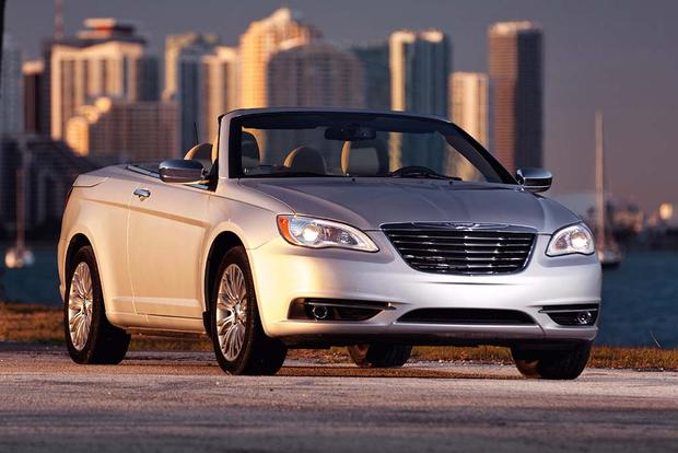 2012 Chrysler 200: Used Car Review featured image large thumb4