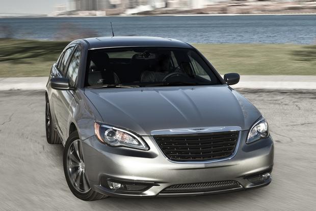 2014 chrysler 200 new car review autotrader. Black Bedroom Furniture Sets. Home Design Ideas