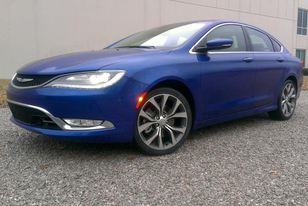 2015 Chrysler 200: First Drive Review featured image large thumb0