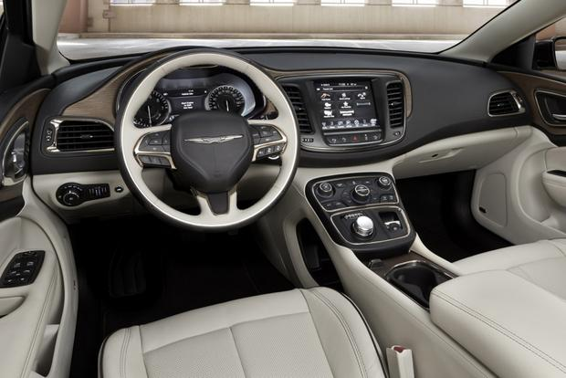 2015 Chrysler 200: First Drive Review featured image large thumb4
