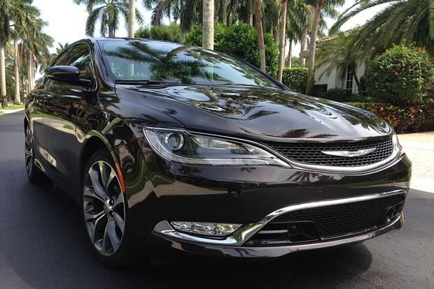 2014 vs. 2015 Chrysler 200: What's the Difference ...