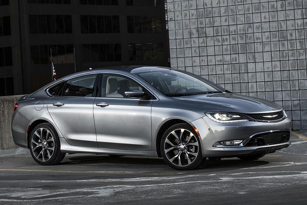 2015 Chrysler 200 vs. 2015 Mazda6: Which Is Better? featured image large thumb9