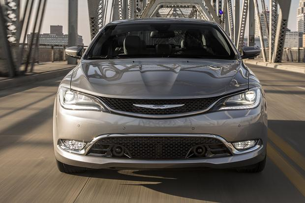 2015 Chrysler 200 vs. 2015 Toyota Camry: Which Is Better? featured image large thumb9