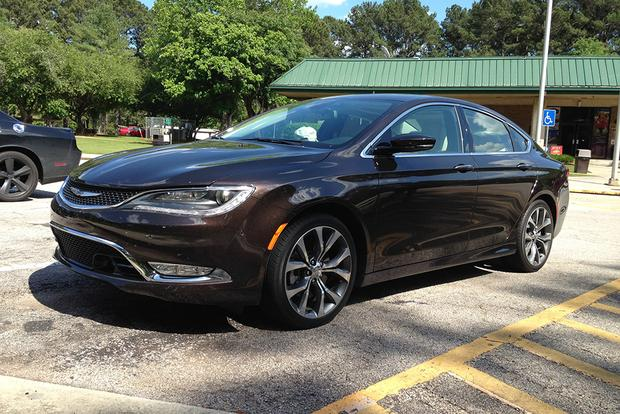 2015 Chrysler 200: Southeastern Road Trip featured image large thumb1