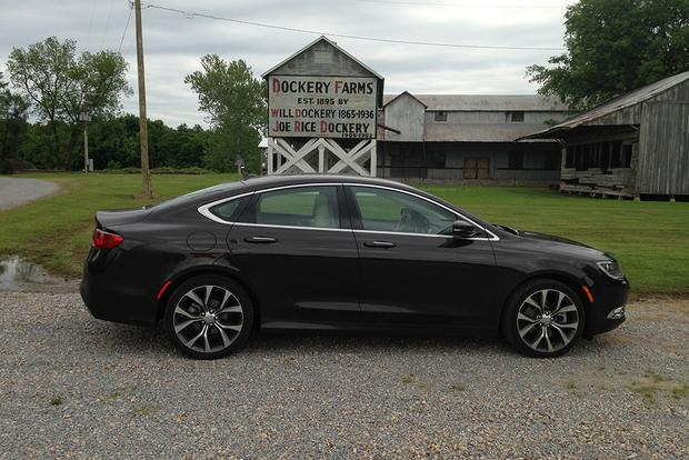2015 Chrysler 200: Southeastern Road Trip featured image large thumb7