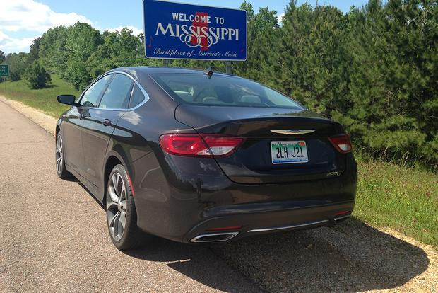 2015 Chrysler 200: Southeastern Road Trip featured image large thumb8