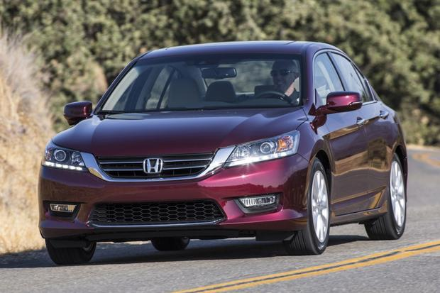 2015 Chrysler 200 vs. 2014 Honda Accord: Which Is Better? featured image large thumb8