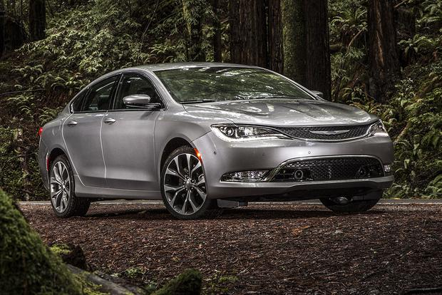 2017 Chrysler 200: New Car Review featured image large thumb0