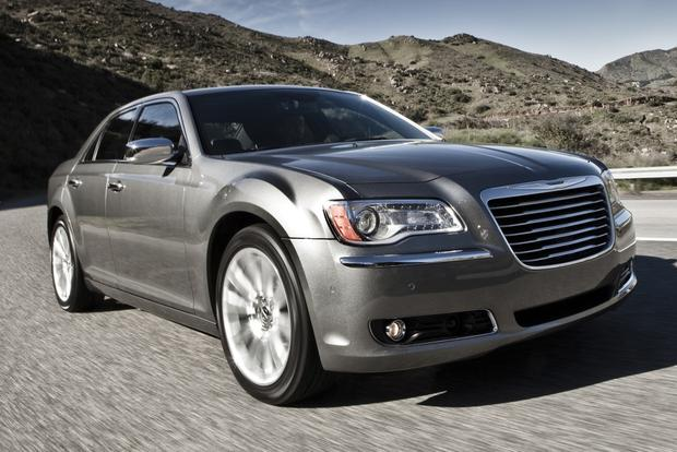 2012 Chrysler 300: New Car Review featured image large thumb21