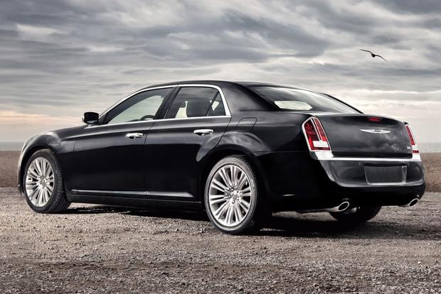 2012 Chrysler 300: New Car Review featured image large thumb18