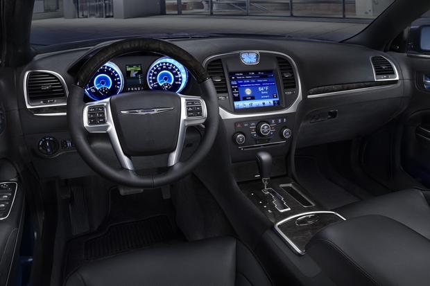 2012 chrysler 300 new car review   autotrader