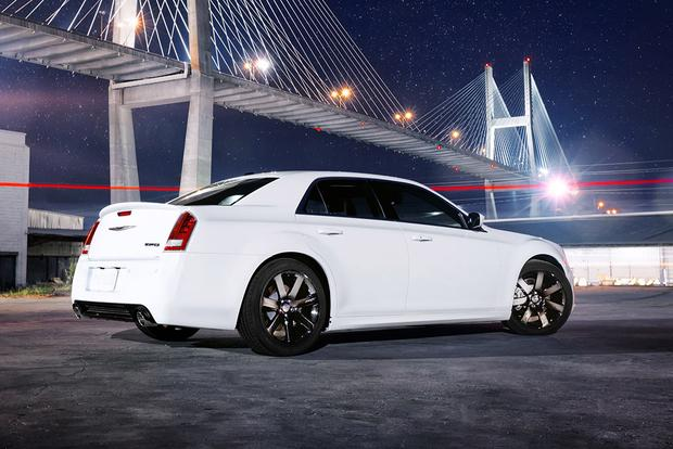2012 Chrysler 300: Used Car Review featured image large thumb3