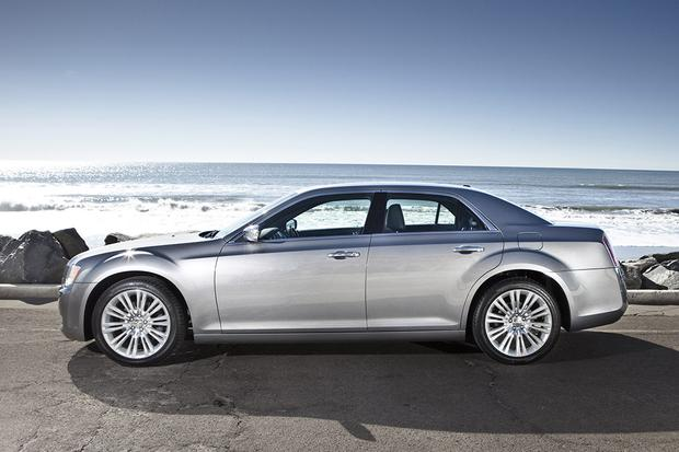 2013 Chrysler 300: Used Car Review featured image large thumb1