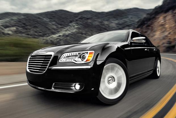 2013 Chrysler 300: Used Car Review featured image large thumb3