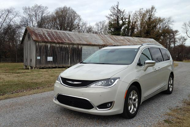 2017 Chrysler Pacifica: Long-Term Wrap-Up featured image large thumb6