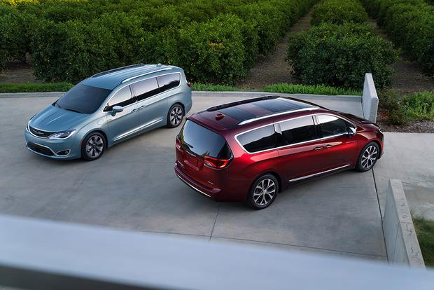 2017 Chrysler Pacifica Hybrid First Drive Review Featured Image Large Thumb7