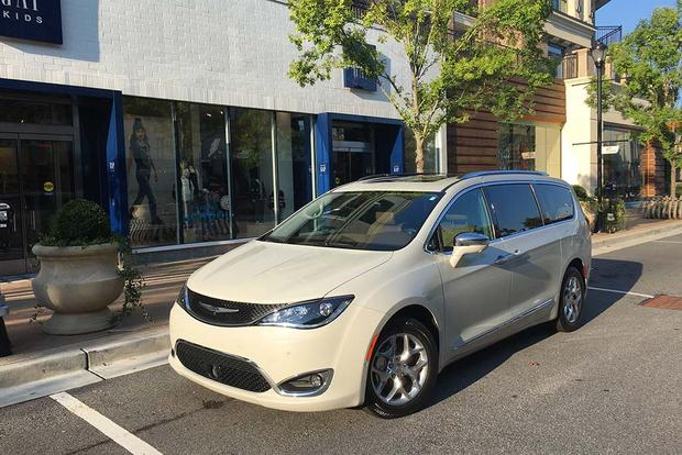2017 Chrysler Pacifica Third Row Glitch And Quick Fix Featured Image Large Thumb0