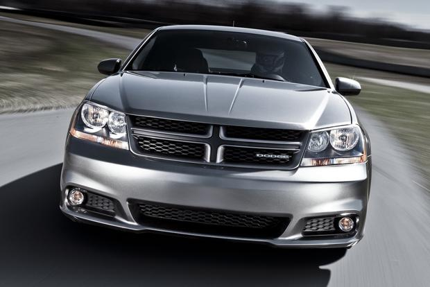 2012 Dodge Avenger: New Car Review featured image large thumb3