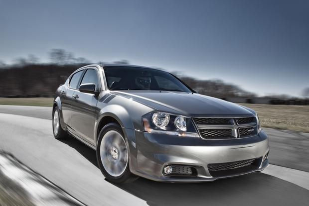 2013 Dodge Avenger: New Car Review featured image large thumb4