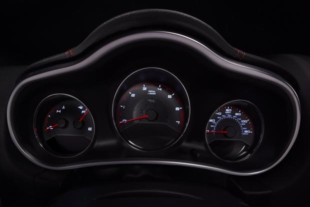 2013 Dodge Avenger: OEM Image Gallery featured image large thumb7